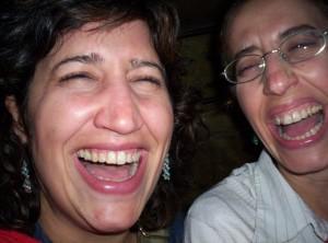 ridere, linguaggio del corpo