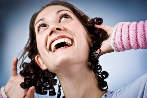 risata, linguaggio del corpo